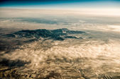 Panoramisch uitzicht van het landschap van de bergketen — Stockfoto