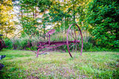 Abandoned rusty agricultural farming equipment — Stock Photo