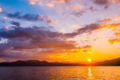 Sunrise over lake — Stock Photo