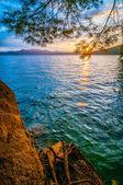 Sunrise ove lake — Stock Photo