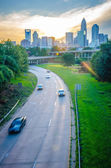 Sun setting over charlotte north carolina a major metropolitan c — Foto de Stock