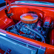 Under the hood of a classic muscle car — Stock Photo