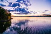 Zonsondergang in lake wylieジュピター イントレット灯台、フロリダ州アメリカ合衆国 — Stockfoto