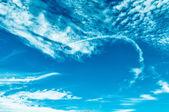 Gökyüzünde eylem sırasında bir airshow — Stok fotoğraf