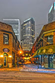 Charlotte, nc - December 8, 2013: Night view of a narrow alley — Stock Photo