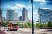 Street vew charlotte city with tour bus — Stock Photo