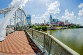 Nashville, tennessee centrum skyline en straten — Stockfoto