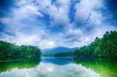 Lake santeetlah in great smoky mountains north carolina — Stock Photo