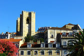De kathedraal wijk in lissabon, portugal — Stockfoto