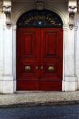 Detalle de una antigua puerta en lisboa, portugal — Foto de Stock