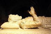Camoes statue, Jeronimos monastery, Portugal — Stock Photo