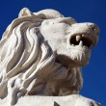 Lion statue — Stock Photo #35624895