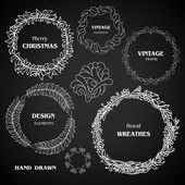 Vintage chalkboard wreaths, vignettes and frames set, drawing doodle style, antique ornamental and cute calligraphic design elements and creative decorations — Stock Vector