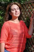 Beautiful dark-haired woman enjoying the sunlight — Stock Photo