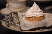 Vegan Vanilla Cupcake with Cocos Vanilla Topping. — Stock Photo