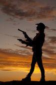 Silueta mujer armas lado punto — Foto de Stock