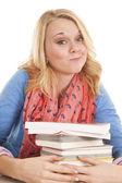 Kitaplar sırıtış ile kız — Stok fotoğraf