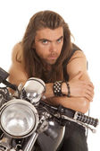 Man lean forward on motorcycle — Stock Photo
