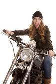женщина черный мотоцикл страшно — Стоковое фото
