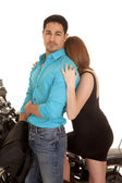Man blue shirt woman head turned away motorcycle — Stock Photo