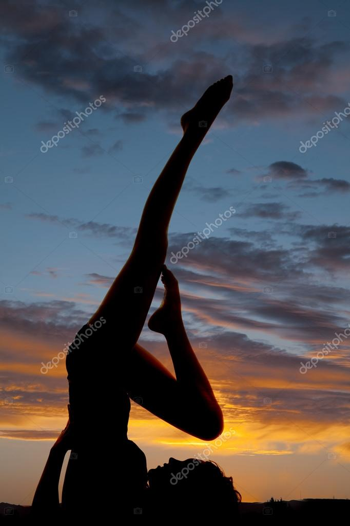 Silhouette woman lay on back leg up one foot on thight � Stock ...