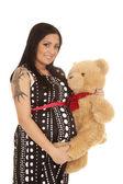 Zwangere vrouw met haar teddybeer — Stockfoto