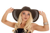 Woman in black hat — Stock Photo
