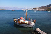 Colorful fishing boat in Mirabello Bay, Crete,Greece — Zdjęcie stockowe