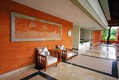 Hall of luxury resort on Bali, Indonesia — Stock Photo
