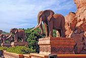 Statue of elephants — Stock Photo