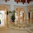 Foyer in luxury mansion — Stock Photo #13703010