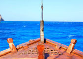 The bow of old wood ship,Mediterranean sea — Stock Photo