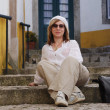 Woman in mediterranean town — Stock Photo