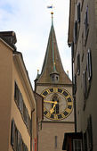 Clock tower of St. Peter's Church, Zurich, Switzerland — Stock Photo