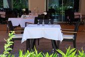 Summer outdoor restaurant — Stock Photo