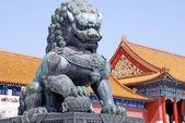 Bronze lion in Forbidden city(Beijing, China) — Stock Photo