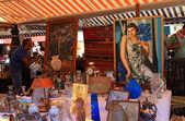 Mercato dell'antiquariato a nizza, francia — Foto Stock
