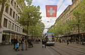 Tram on the Bahnhofstrasse in Zurich, Switzerland — Stock Photo