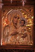 Starožitný pravoslavná ikona Panny Marie a svaté dítě — Stock fotografie