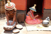 Sotho women at tribal house in Lesedi Cultural Village,South Africa — Stock Photo