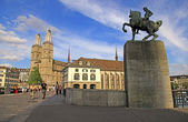Grossmuenster and Monument to Hans Waldmann, Zurich, Switzerland — Stock Photo