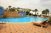 游泳池的豪华酒店,埃及 — 图库照片
