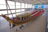 Old ship galleon in Maritime Museum, Lisbon, Portugal. — Stock Photo