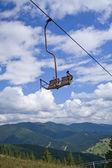 Wyciągi narciarskie w górach — Zdjęcie stockowe