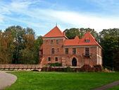 Gothic castle in Oporow, Poland — Stock Photo