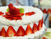Traditional wedding strawberry cake, Poland — Stock Photo