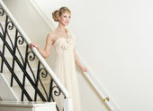Bride Walking Down Stairs — Stock Photo