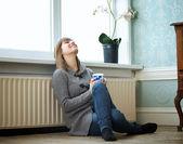 Relaxando em casa — Foto Stock