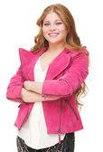 Młoda kobieta smilng z rękami skrzyżowanymi — Zdjęcie stockowe