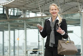 Portrait of a traveling business woman — Stock Photo